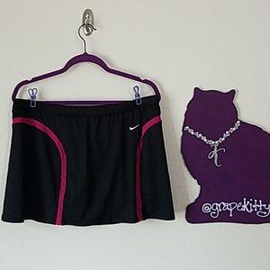 🎾EUC Nike (12-14)  tennis skirt